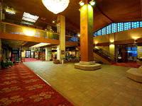 isawajobanhotel-lobby.png